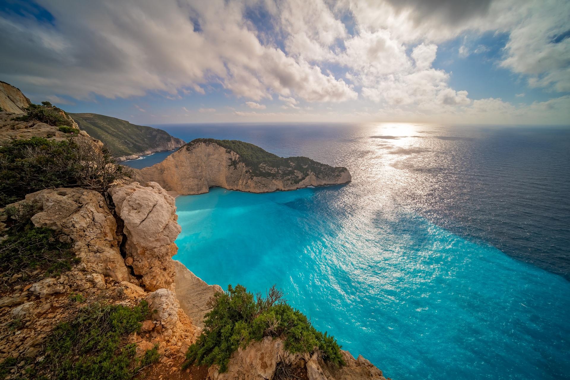 """Cum spunem """"da"""" în limba greaca?"""