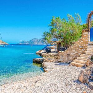 La plajă în Grecia-mini-ghid de conversație român-grec
